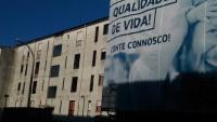 aspeto da fachada de alguns prédios no Sobreiro